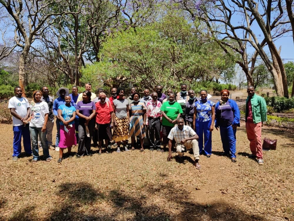 Service providers, extension officers and CIMMYT staff pose for a group photo after completing a training course at Gwebi Agricultural College, Zimbabwe. (Photo: Shiela Chikulo/CIMMYT)