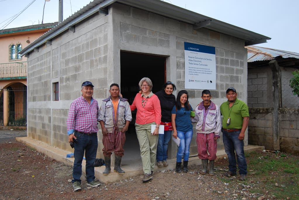 Visiting a newly-built community seed reserve in Chanchimil, Todos Santos Cuchumatanes, Huehuetenango, Guatemala, in 2016. From left to right: Mario Fuentes (collaborator), a member of the community seed reserve staff, Denise Costich, Carolina Camacho (CIMMYT), Miriam Yaneth Ramos (Buena Milpa) and Esvin López (local collaborator).