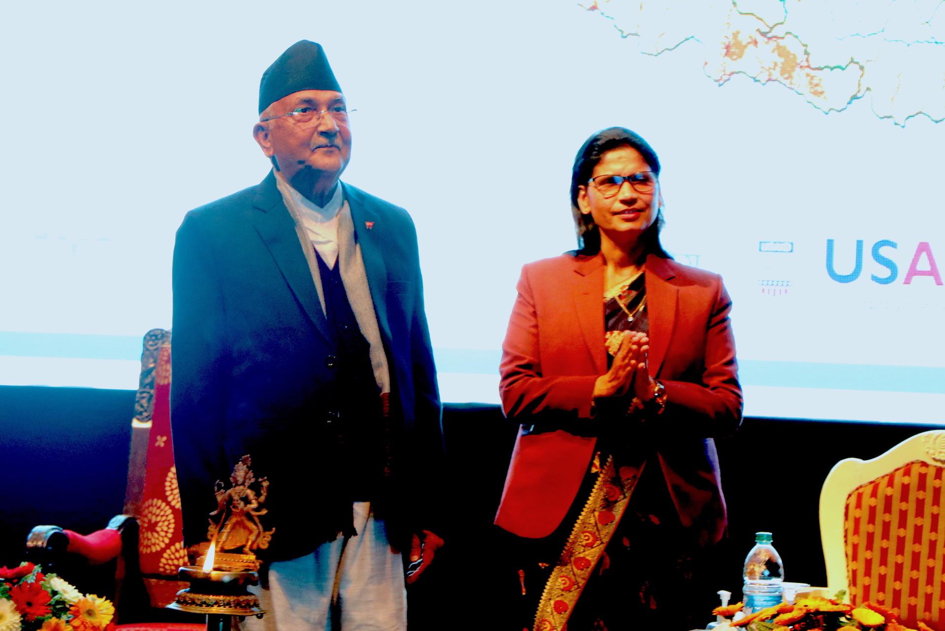 K.P. Sharma Oli (left), Prime Minister of Nepal, and Padma Kumari Aryal, Minister of Agriculture and Livestock Development, launch the digital soil map. (Photo: Shashish Maharjan/CIMMYT)