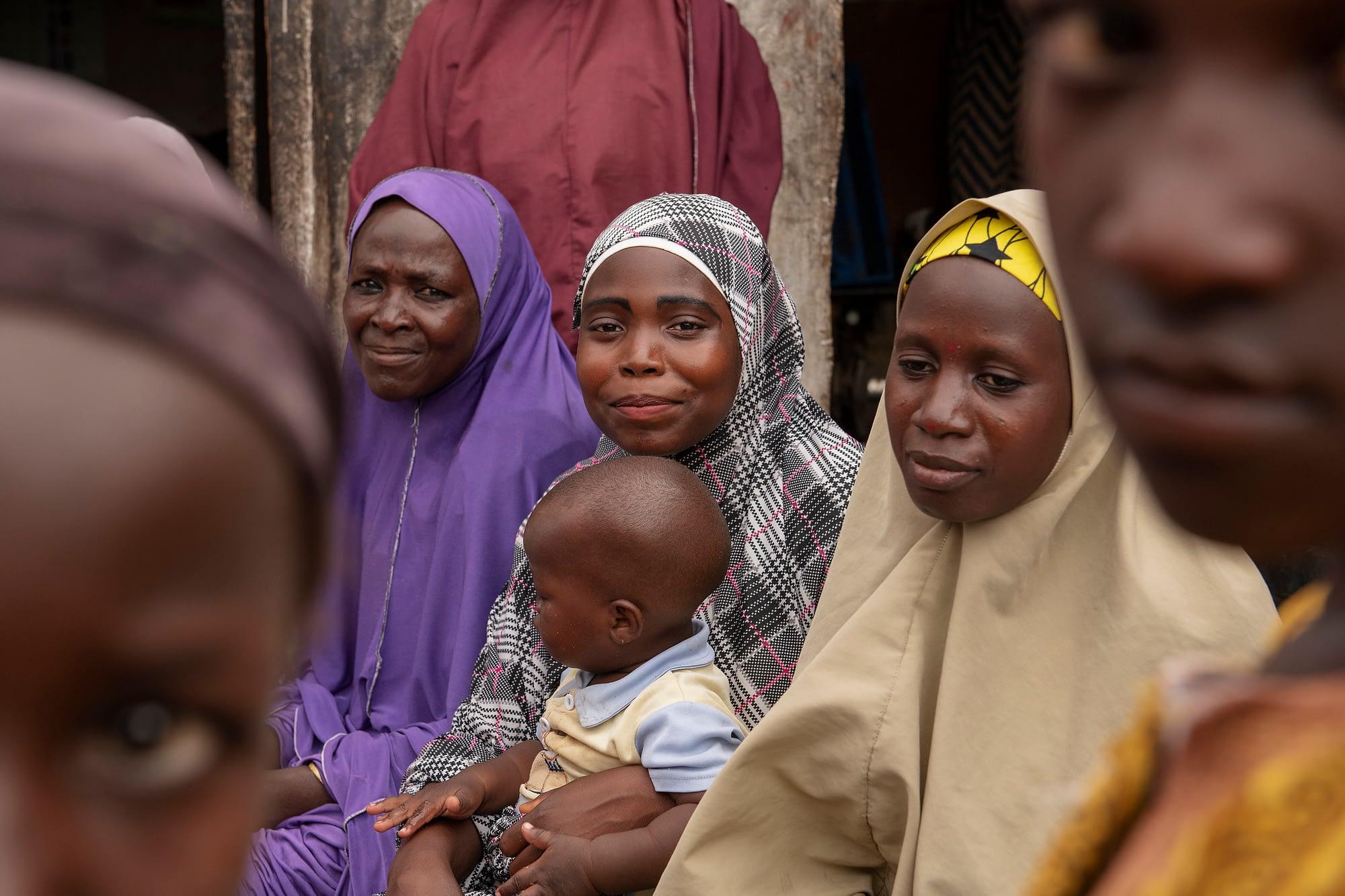 Members of a women's group in Nigeria. (Photo: C. de Bode/CGIAR)