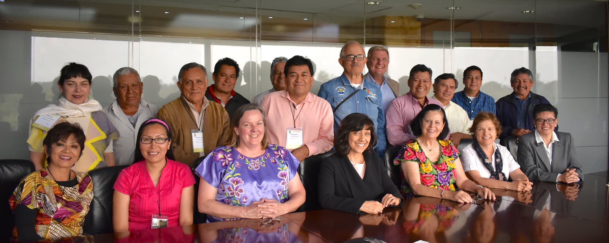 Members of the association pose with CIMMYT staff that helped facilitate the creation of the group. (Photo: ProMaíz Nativo)