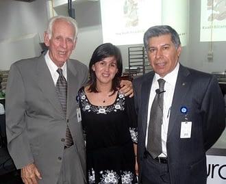 """Ing. Manuel Rubio Portilla (GRUMA), Dr. Juan De Dios Figueroa (Cinvestav), winners of the """"Dios Yum Kaak-Ricardo Bressani"""" 2012 award."""