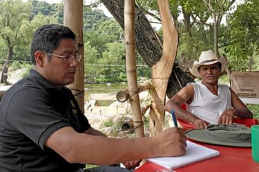 Alejandro Ramirez records the life experience of a farmer in Chiapas, Mexico.